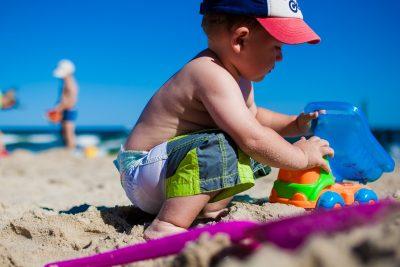 Strand mit Kind